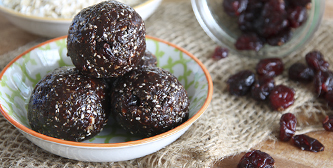 chocolate-chia-power-balls